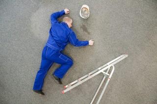 Wypadki w pracy w fabryce