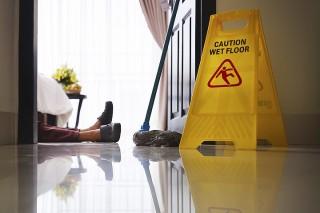 Wypadki w pracy w hotelarstwie